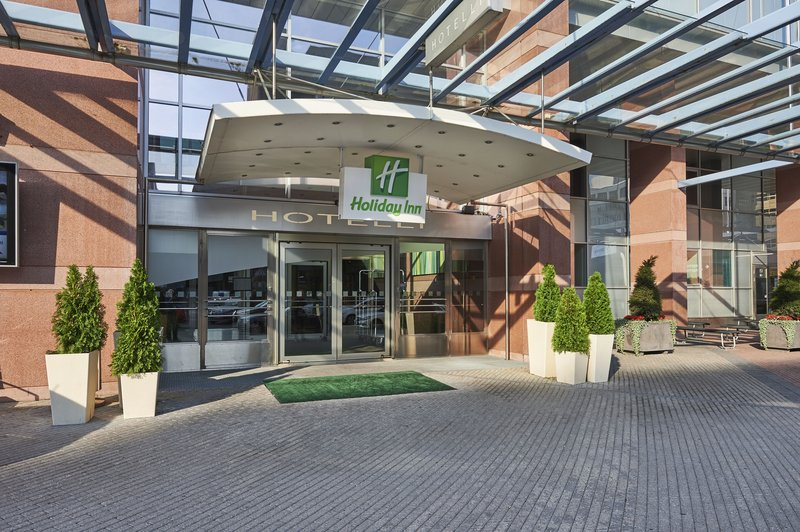 Holiday Inn Helsinki - Exhibition & Convention Centre-Entrance<br/>Image from Leonardo