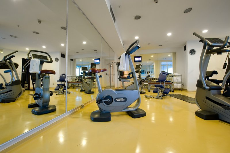 Holiday Inn Naples-Complimentary Mini-Gym open 24 hours with cardio fitness circuit<br/>Image from Leonardo
