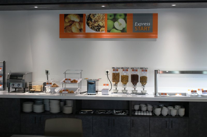 Holiday Inn Express Strasbourg - Centre-Breakfast Bar<br/>Image from Leonardo