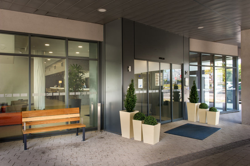 Holiday Inn Express Strasbourg - Centre-Entrance<br/>Image from Leonardo