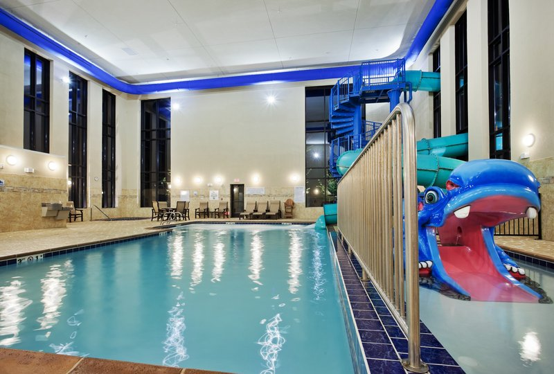 Holiday Inn Express & Suites Great Falls-Swimming Pool <br/>Image from Leonardo