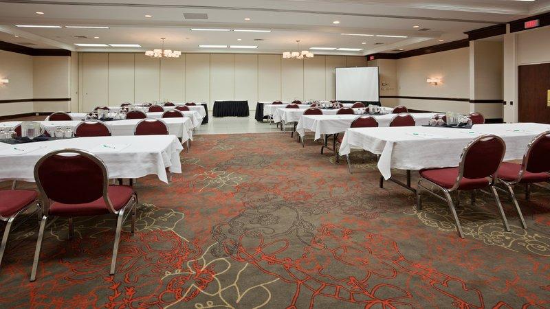 Holiday Inn Burlington - Hotel & Conf Centre-Halton Hall Conference Room - Classroom style<br/>Image from Leonardo