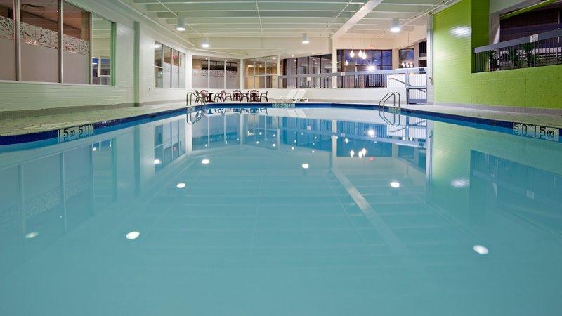 Holiday Inn Burlington - Hotel & Conf Centre-Large Heated Indoor Swimming Pool<br/>Image from Leonardo