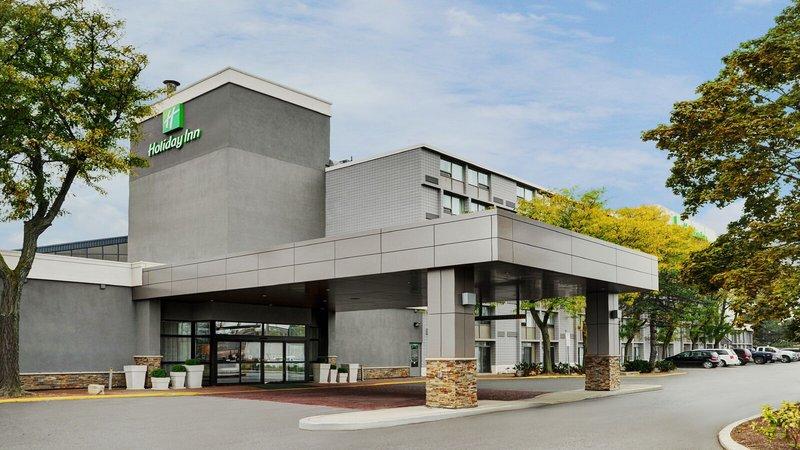 Holiday Inn Burlington - Hotel & Conf Centre-Hotel Exterior Main Entrance<br/>Image from Leonardo