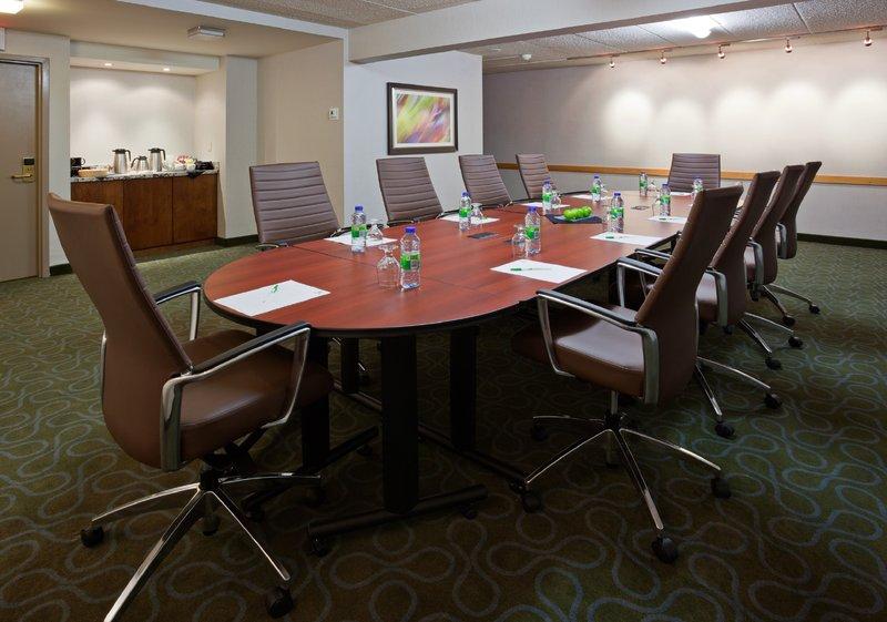 Holiday Inn Burlington - Hotel & Conf Centre-Meeting Room - Ascot Room<br/>Image from Leonardo