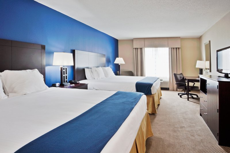 Holiday Inn Express Crystal River-Two King Size Beds<br/>Image from Leonardo