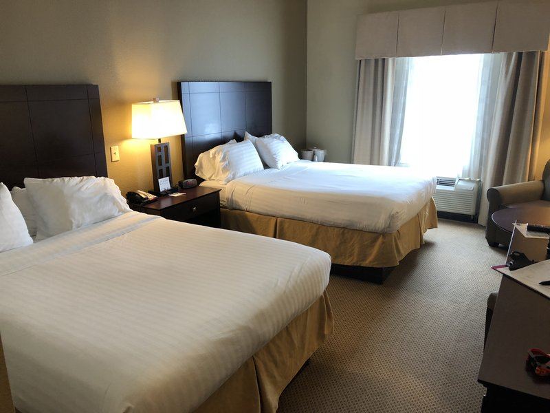 Holiday Inn Express Crystal River-Guest Room<br/>Image from Leonardo