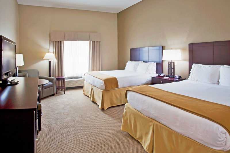 Holiday Inn Express Crystal River-Two Queen Bed Guest Room<br/>Image from Leonardo
