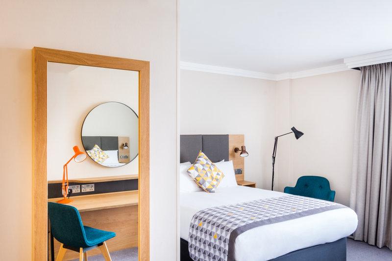 Holiday Inn High Wycombe M40, Jct. 4-Bedroom<br/>Image from Leonardo