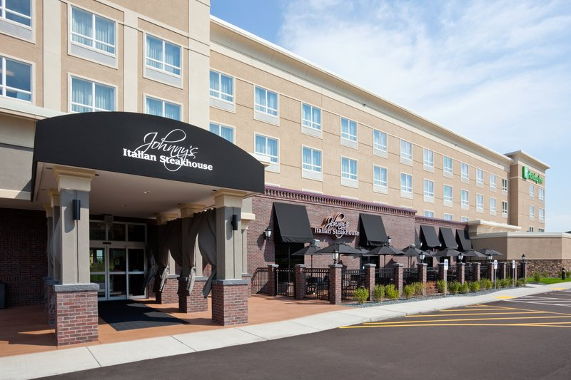 Holiday Inn Eau Claire South I-94-Johnny's Italian Steakhouse rated #1 Steak in the Chippewa Valley<br/>Image from Leonardo