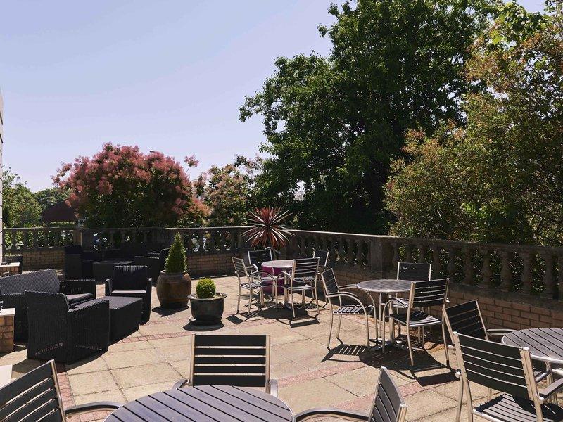 Mercure Exeter Southgate-Restaurant<br/>Image from Leonardo