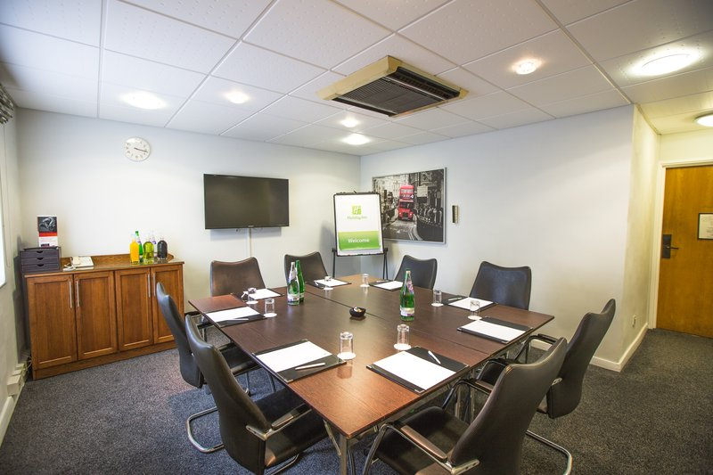 Holiday Inn Nottingham-Loxley Suite with air conditioning and natural daylight<br/>Image from Leonardo