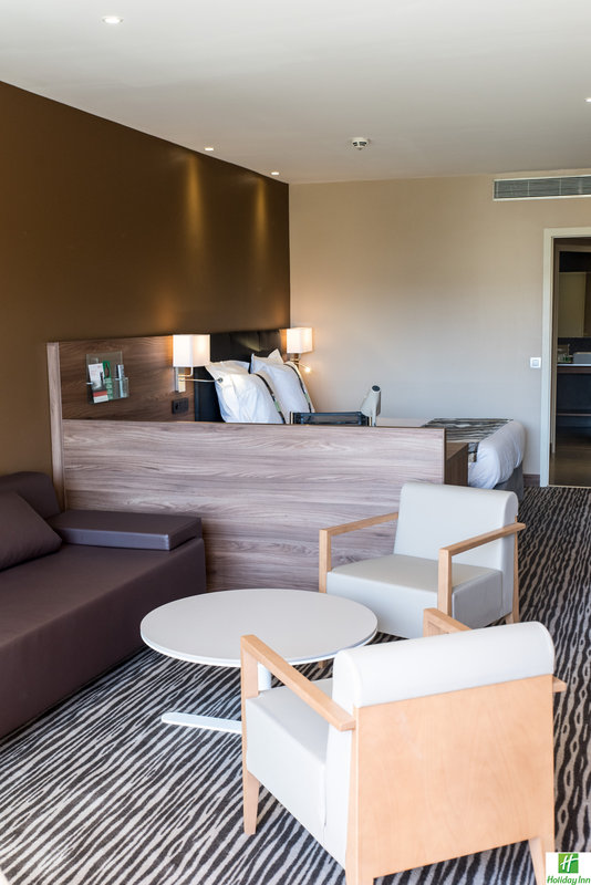 Holiday Inn Cannes-Junior Suite<br/>Image from Leonardo