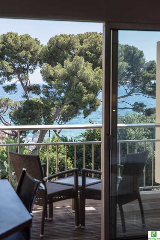 Holiday Inn Cannes-Lovely view!<br/>Image from Leonardo