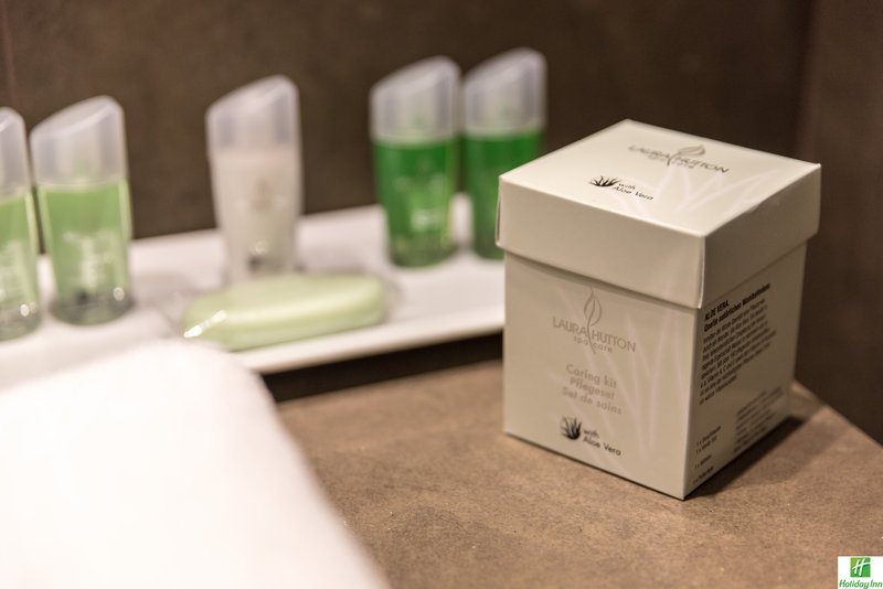 Holiday Inn Cannes-Bathroom Amenities<br/>Image from Leonardo