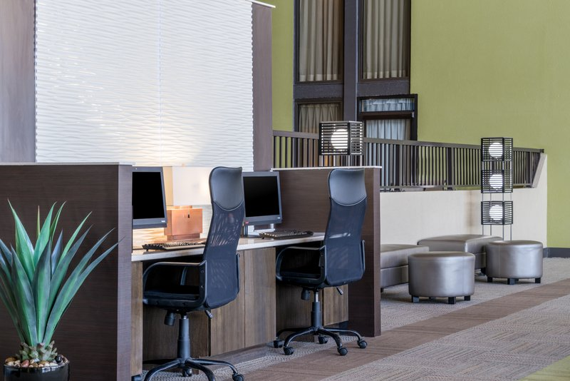 Holiday Inn Morgantown-Reading Area-24 hour Business Center with Printing and Free Wi-Fi<br/>Image from Leonardo