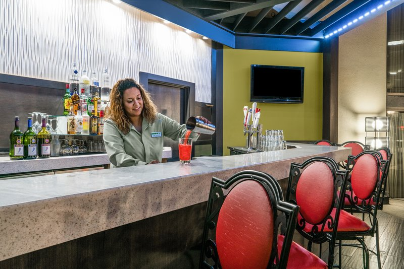 Holiday Inn Morgantown-Reading Area-Grab a drink or bite to eat at The Bistro Restaurant & Bar <br/>Image from Leonardo
