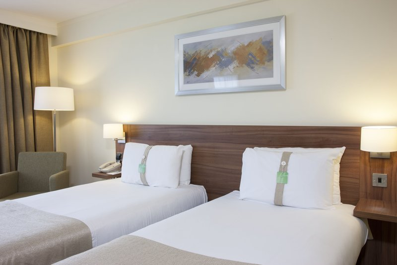 Holiday Inn Colchester-New Refurbished Twin Room (2016)<br/>Image from Leonardo