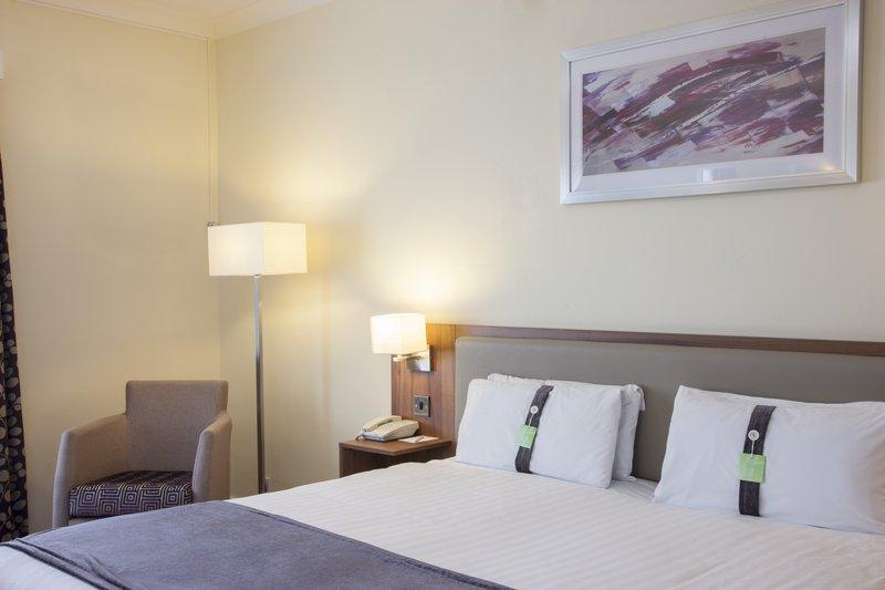 Holiday Inn Colchester-Executive Room<br/>Image from Leonardo