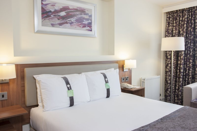 Holiday Inn Colchester-Double Executive Room Newly Refurbished (2016)<br/>Image from Leonardo