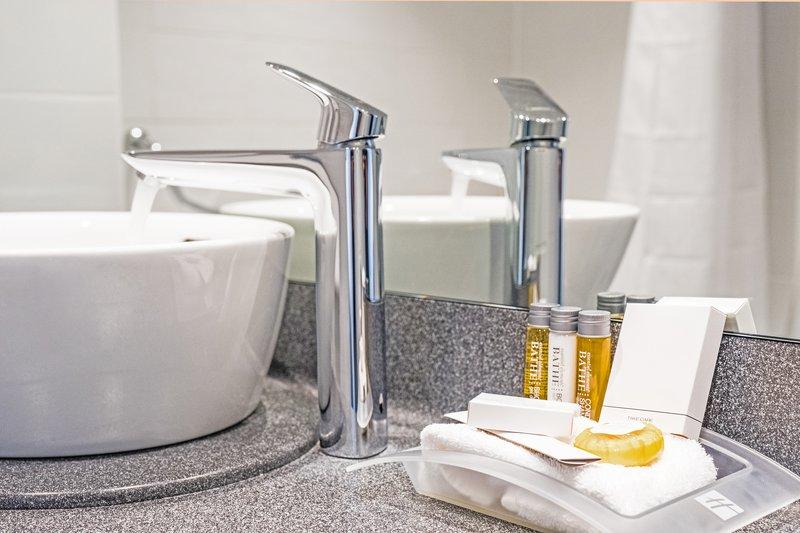 Holiday Inn Farnborough-Enjoy using our bathroom amenities<br/>Image from Leonardo