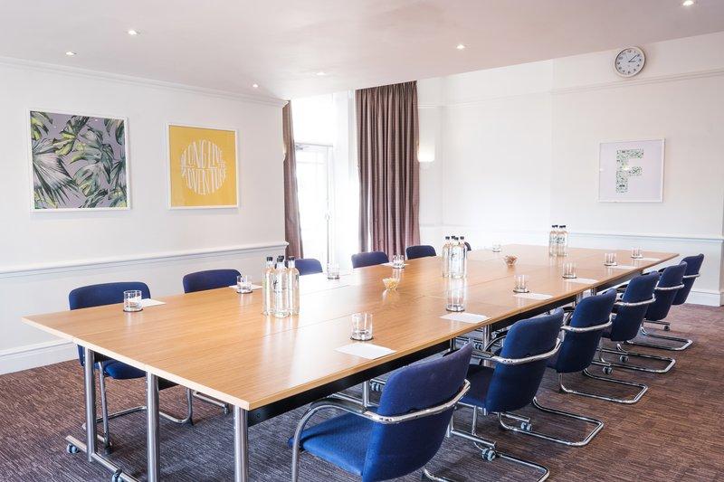 Holiday Inn Farnborough-Meeting Room<br/>Image from Leonardo