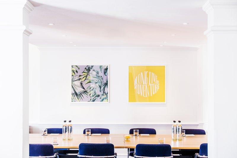 Holiday Inn Farnborough-Small meeting room<br/>Image from Leonardo