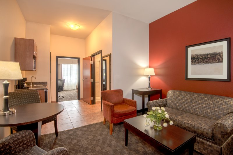 Holiday Inn Casper East - McMurry Park-Plenty of room to spread out and stay longer for work or exploring<br/>Image from Leonardo