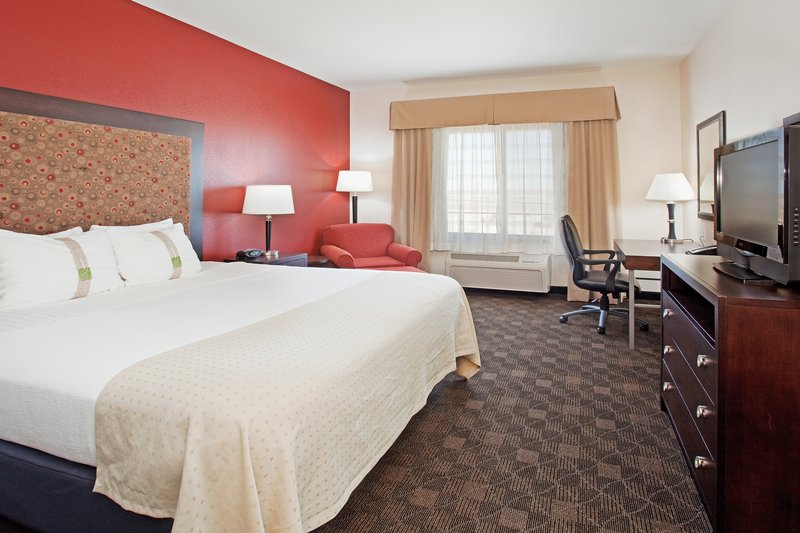 Holiday Inn Casper East - McMurry Park-King bed with plenty of room for a good nights rest.<br/>Image from Leonardo