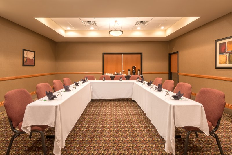 Holiday Inn Casper East - McMurry Park-Holiday Inn your place to meet in Casper for groups up to 75<br/>Image from Leonardo