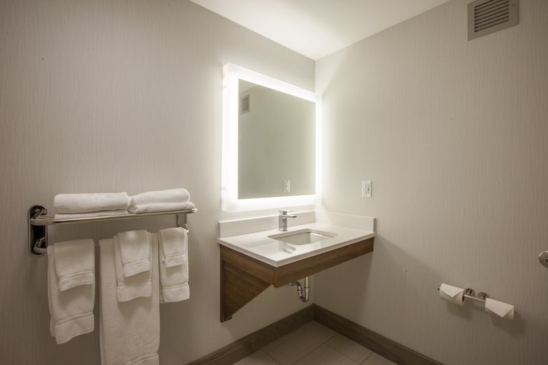 Holiday Inn Express &amp; Suites St. John Harbour Sde-Spacious Accessible Bathroom Was Designed With Comfort In Mind<br/>Image from Leonardo