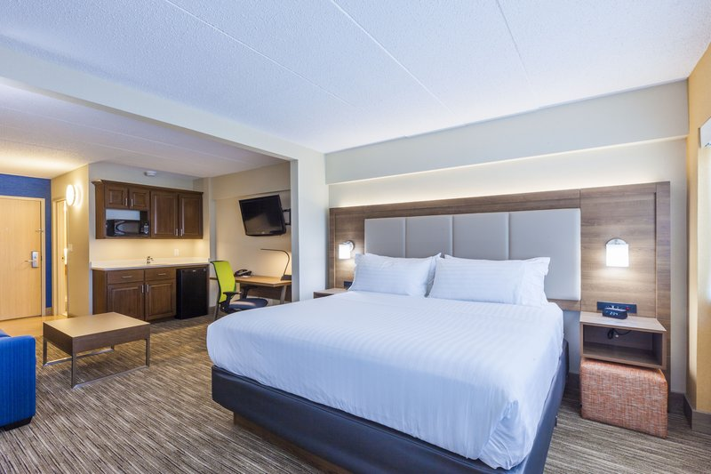 Holiday Inn Express &amp; Suites St. John Harbour Sde-Newly Designed King Suites Are Spacious And Modern with Free WiFi<br/>Image from Leonardo