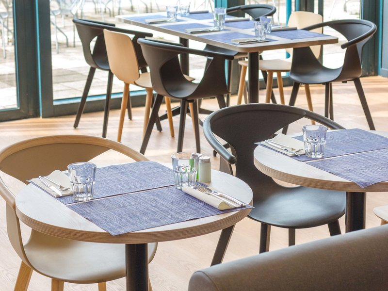 Novotel Marne La Vallee Collegien-Restaurant<br/>Image from Leonardo
