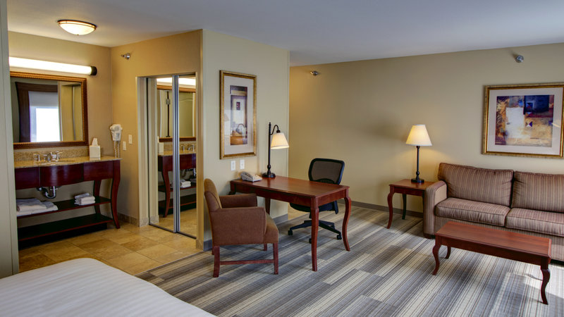 Holiday Inn Express & Suites Sioux City - Southern Hills-Two Queen or King Executive Suite with Queen Size Sofa Sleeper<br/>Image from Leonardo