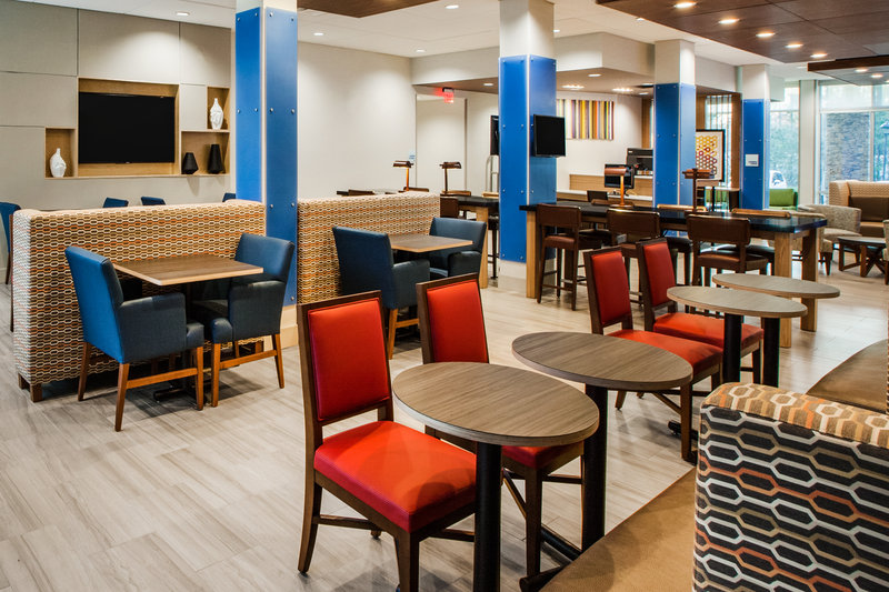 Holiday Inn Express Radcliff - Fort Knox-Hotel Lobby <br/>Image from Leonardo