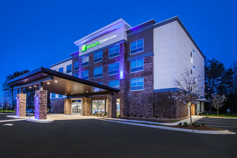 Holiday Inn Express Radcliff - Fort Knox-Hotel Exterior <br/>Image from Leonardo