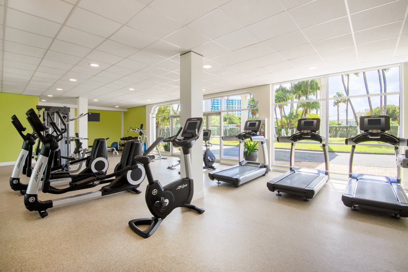 Holiday Inn Resort Aruba - Fitness Center  <br/>Image from Leonardo