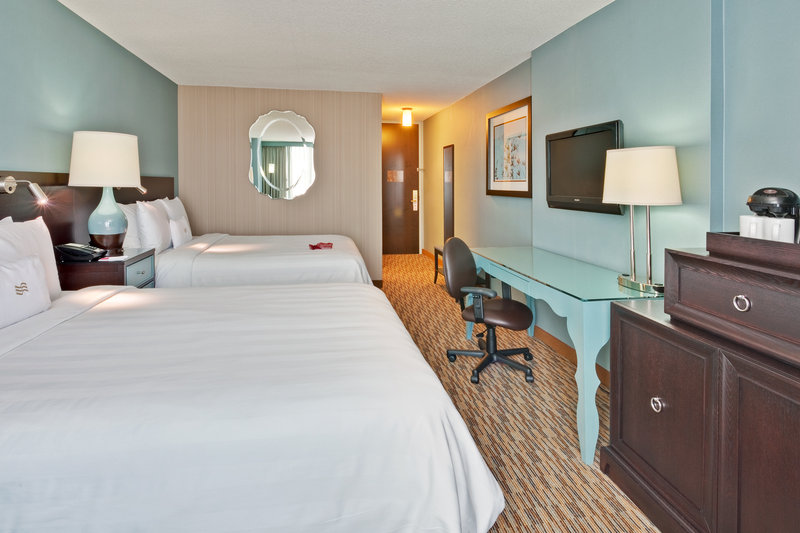 Crowne Plaza Chicago Ohare Hotel & Conference Center-Double Double Guest Room<br/>Image from Leonardo