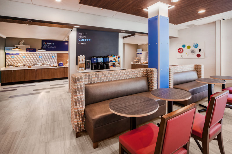 Holiday Inn Express Suites Jasper-Breakfast Bar <br/>Image from Leonardo