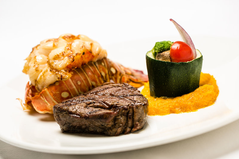Holiday Inn Resort Aruba - Holiday Inn Aruba Sea Breeze Menu Item <br/>Image from Leonardo