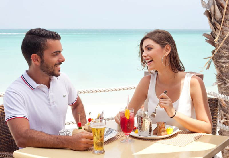 Holiday Inn Resort Aruba - Sea Breeze Restaurant <br/>Image from Leonardo