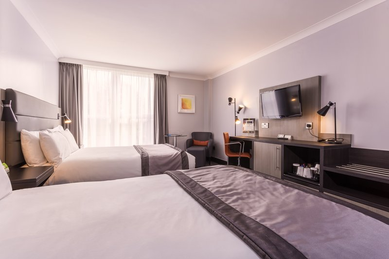 Holiday Inn Newcastle - Gosforth Park-Beautiful big bedroom for your family to chill out in<br/>Image from Leonardo