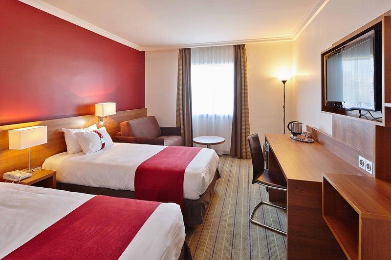 Holiday Inn Paris - Marne La Vallee-Guest Room<br/>Image from Leonardo