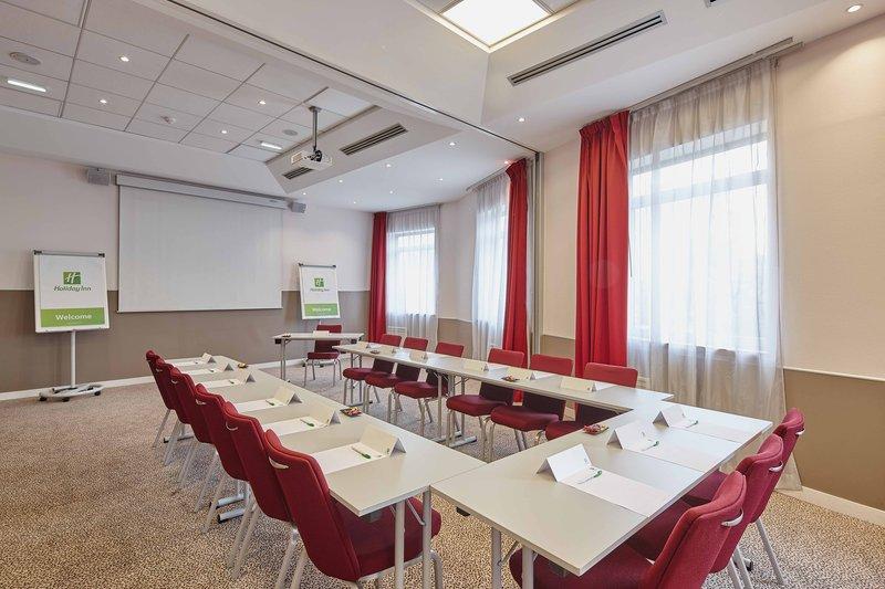 Holiday Inn Paris - Marne La Vallee-Meeting room - LISBONNE & MADRID<br/>Image from Leonardo