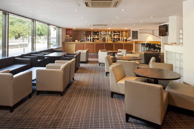 Holiday Inn Cardiff City Centre-Bar and Lounge<br/>Image from Leonardo