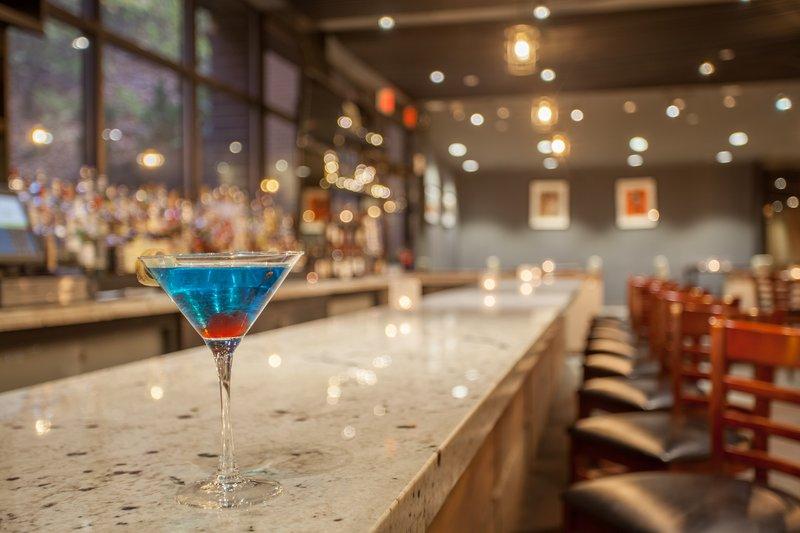 Crowne Plaza Danbury-Beverage Selection <br/>Image from Leonardo