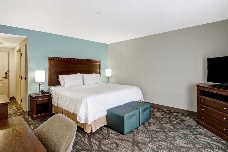 Hampton Inn &amp; Suites by Hilton Saint John-King Standard<br/>Image from Leonardo