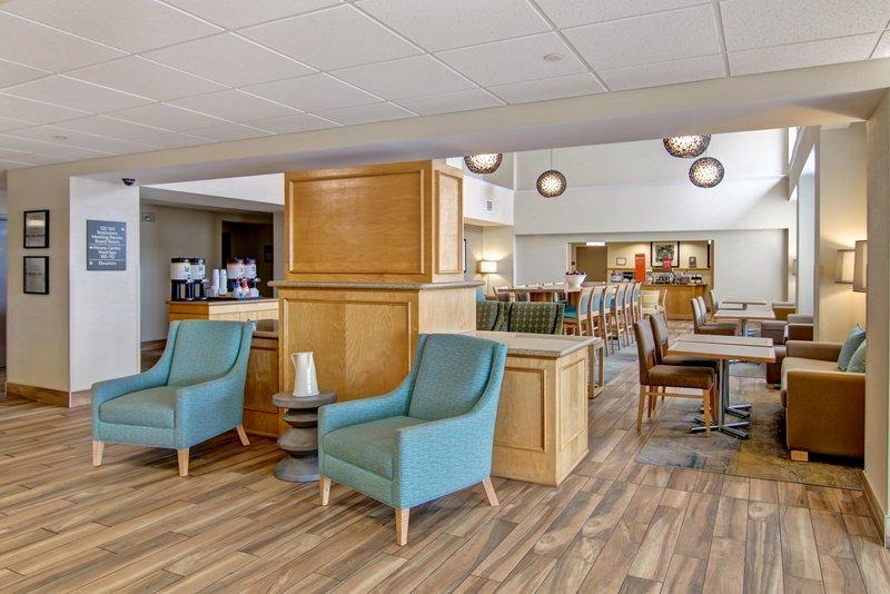 Hampton Inn &amp; Suites by Hilton Saint John-Lobby<br/>Image from Leonardo