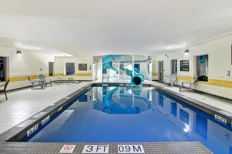 Hampton Inn &amp; Suites by Hilton Saint John-Indoor Swimming Pool<br/>Image from Leonardo