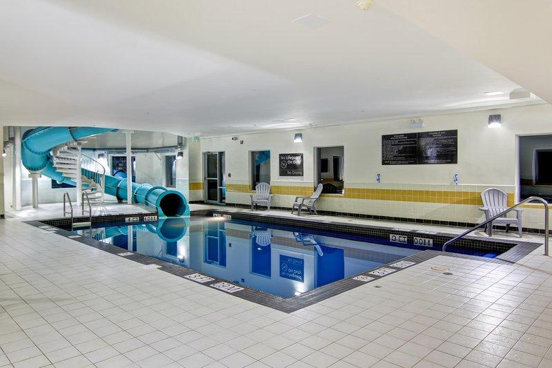 Hampton Inn &amp; Suites by Hilton Saint John-Swimming Pool<br/>Image from Leonardo